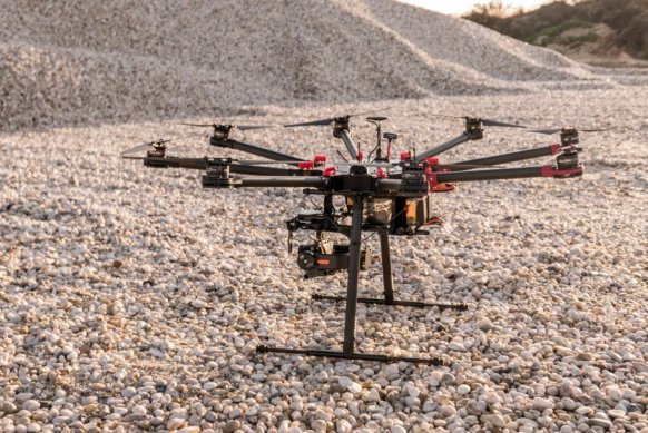 Optische-Vermessung-Drohne-DJI-S1000-Sony-Kamera-Scanner-Laserscanner-Genauigkeit-3D-Bestandsaufnahme