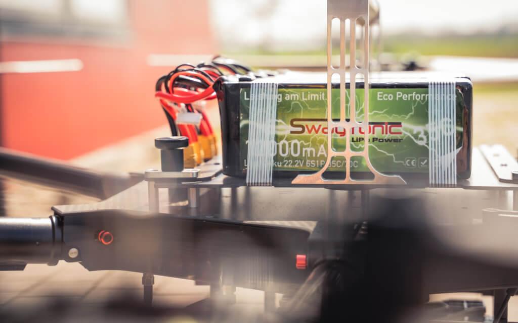 Logxon-Porter-Drohne-Heavylifter-mit-Swaytronic-Akkus-Batterien-fuer-UAV-LiDAR-Scannning-UAV-Photogrammetrie-Sensoren-und-hohe-Payloads-Logxon-Porter-mit-Swaytronic-Akkus