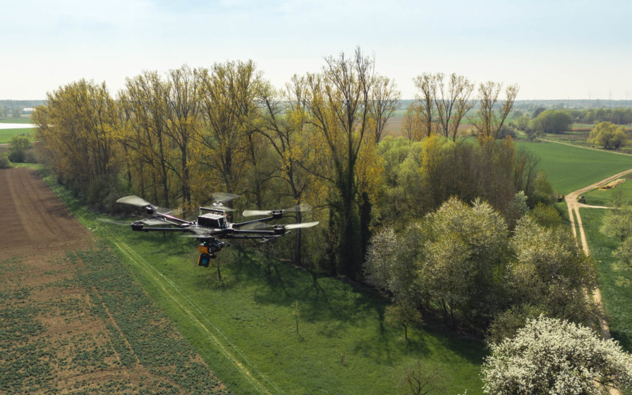 Drohne-Wald-und-Wiese-Scan-LOGXON-PORTER-Hexacopter-Drohne-GeoSLAM-ZEB-HORIZON-LiDAR-Vermessung-Drohne-Hexacopter