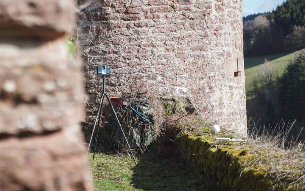 Faro-LiDAR-Scanner-Burg-Freienstein-Vermessung-Laserscanner-Denkmalschutz-Digitalisierung-Kulturgut