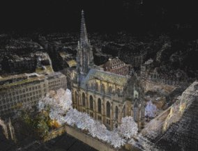 Duenne-3D-Punktwolke-Kirche-Photogrammetrie-Alignment-duenne-point-cloud-nach-Buendelblockausgleichung-Drohnen-Vermessung-Kirche-Muenster