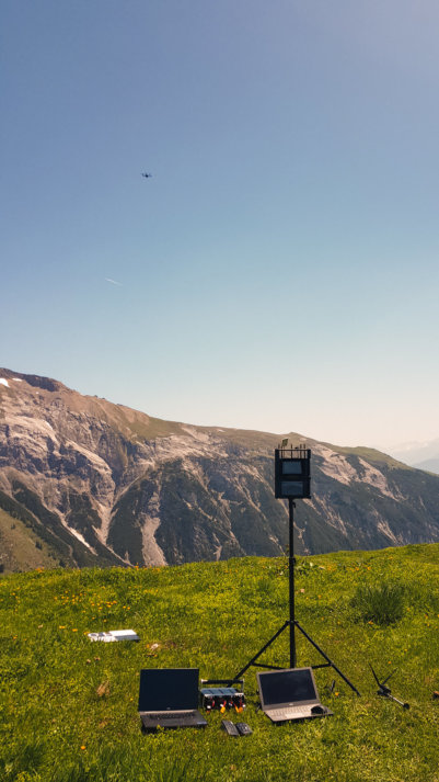 Berg-Felswand-Photogrammetrie-Drohne-UAV-Hexacopter-RPAS-Multicopter-LOGXON-PORTER-Drohnenaufnahmen-digitales-Gelaendemodell-Milchseilbahn-Fidaz-Flims-Schweiz