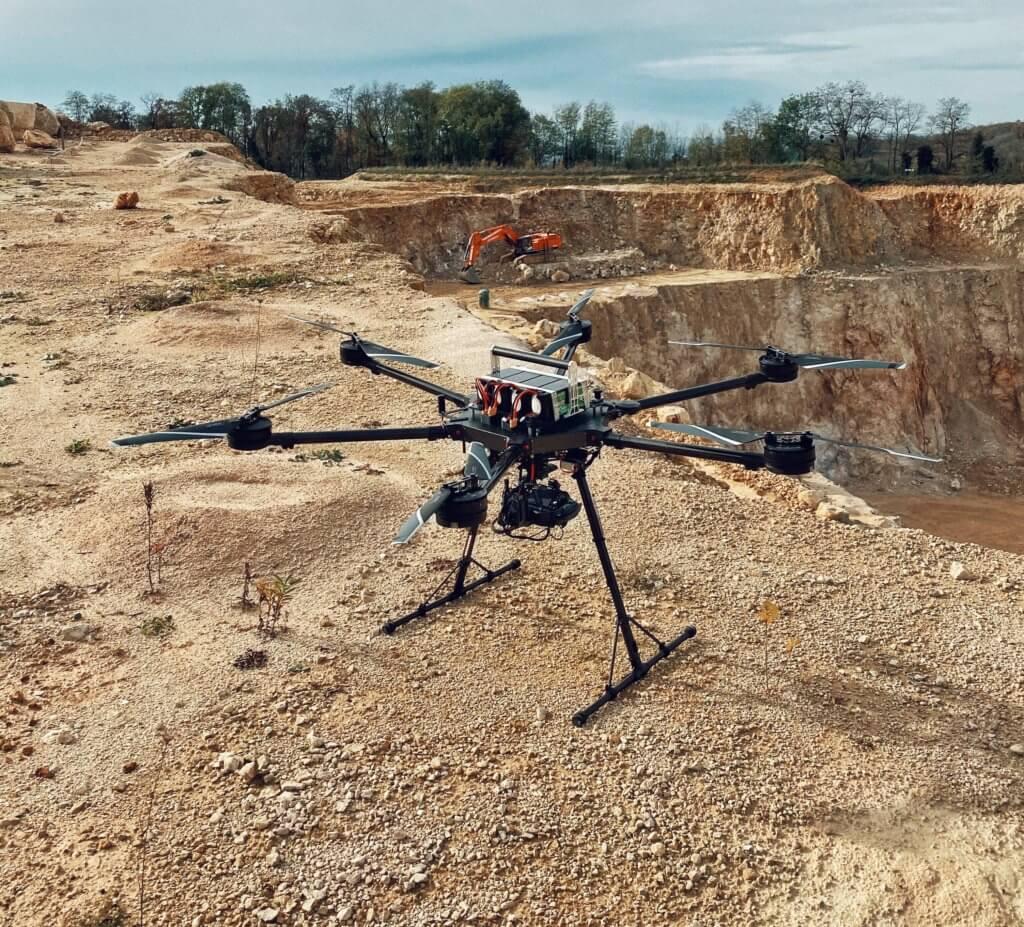 Photogrammetrische Geländevermessung eins Steinbruchs mit unserer LOGXON Drohne