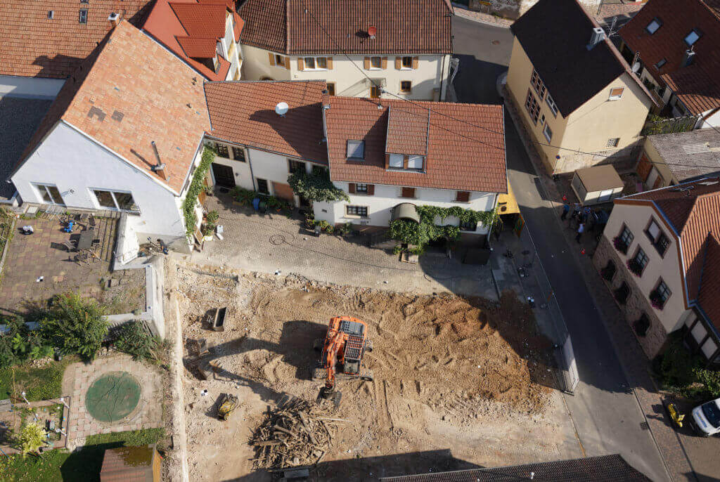 LOGXON Einsatz in der Pfalz: Kombinierte 3D Gebäudeaufnahme per Drohne und Laserscanner von einem Weingut