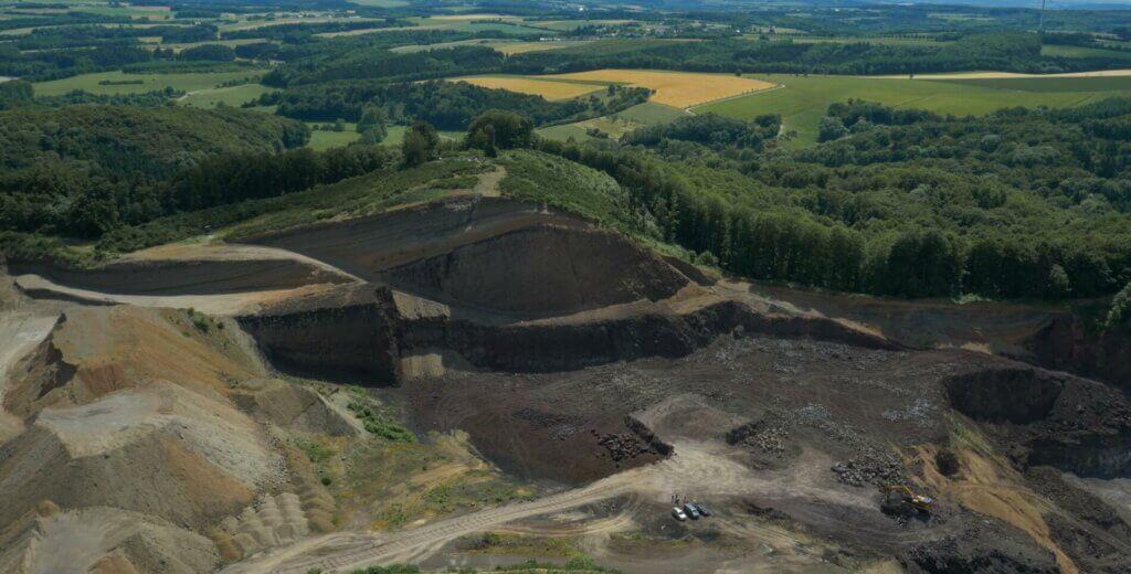 uav-surveying-stockpile-landfill