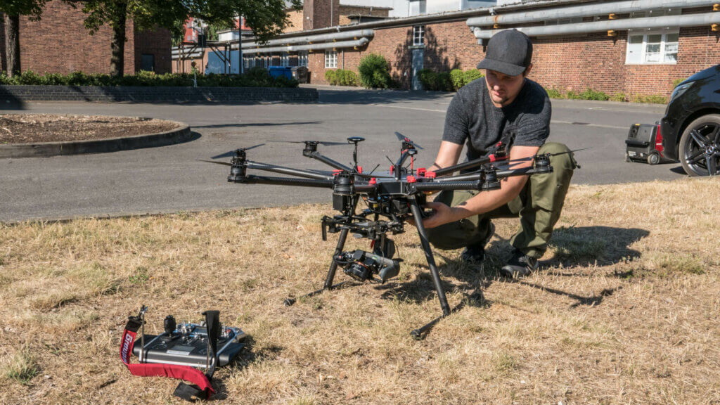 Professional-drone-Pilot-of-LOGXON-Trust-the-professionals-for-mapping-surveying-data-gathering