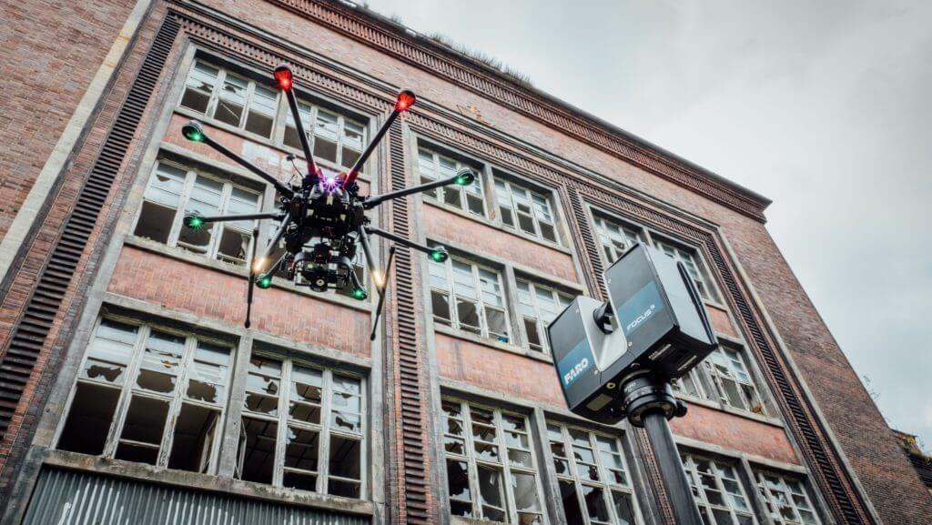 Faro-Laserscanner-und-LOGXON-Drohne-Fassaden-Vermessung