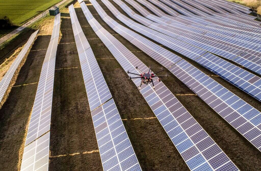 inspection-of-energy-systems-by-drone