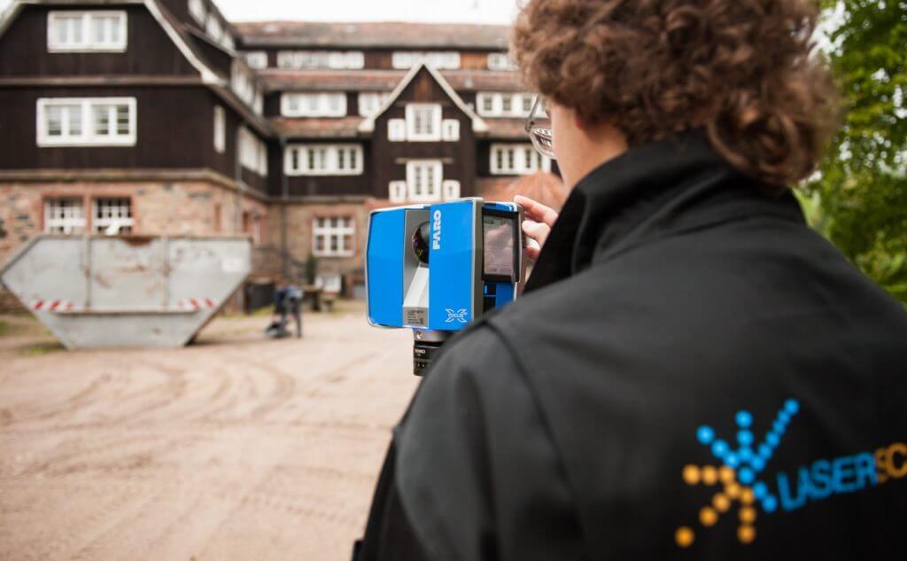 TLS-Laserscanner-Faro-Laserscan-Service-Drohne