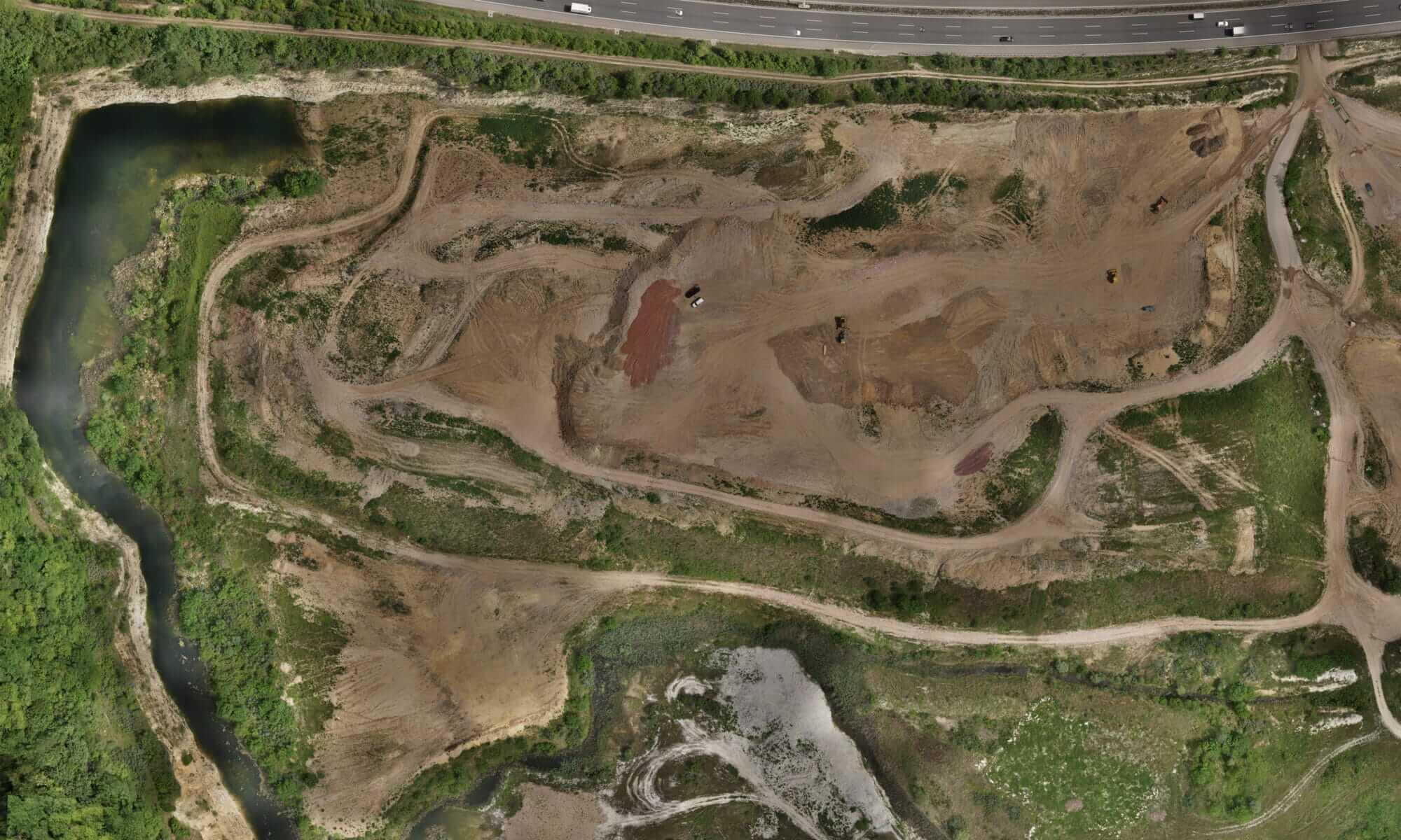 Georeferenziertes-Orthophotoo-Drohne-Vermessung-mit-Drohne-Kartierung-Steinbruch